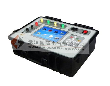使用极为简单的测试接线和操作实现电流互感器的检定